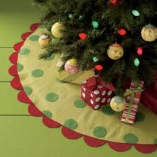 christmas tree skirts beautiful christmas tree skirts ideas and tutorials holidappy