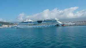 ushuaia argentina 2015 infinity cruise ship docked