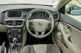 V40 Volvo Review Volvo V40 D3 Momentum 2016 Review Cars Co Za