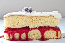 cranberry vanilla dream cake