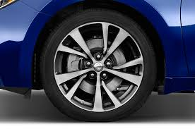 nissan maxima with rims nissan maxima reviews research new u0026 used models motor trend