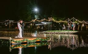 outdoor wedding lighting 6 charming ways to light up your outdoor wedding