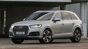 audi q7 audi q7 3 0 tdi se 2017 review by car magazine