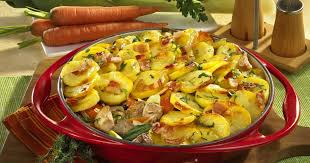 cuisine alsacienne baeckeoffe baeckeoffe cooked casserole from alsace germany recipesplus