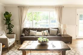 Living Rooms With Gray Sofas Find Out What A Picture Window Is And How To Decorate It Diy