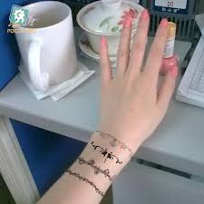 2 pcs lot selling fashion wrist tattoos vine temporary