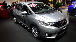 honda jazz car 2016 honda jazz 1 3 ivtec comfort exterior and interior
