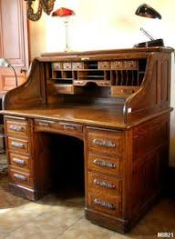 bureau americain cylindre bureau à cylindre de type dos d ane vers 1940 rideau coulissant 6