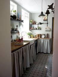 rideau placard cuisine les 23 meilleures images du tableau rideau sous evier sur