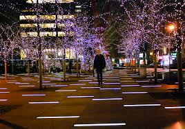eve drop christmas lights nyc nyc zuccotti park holiday lights