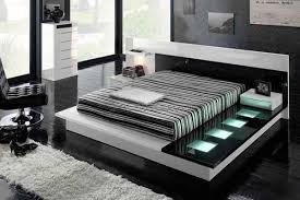 Modern Bedroom Designs For Small Rooms Photo  And Decorating Ideas - Small modern bedroom design