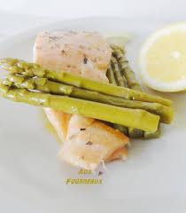 cuisiner asperges marinade de saumon aux asperges vertes aux fourneaux