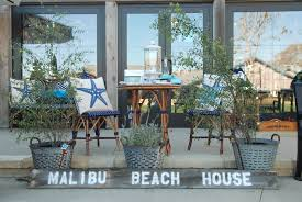 Beach House Furniture by Malibu Beach House Opens With Peggy Platner Collection Fabrics