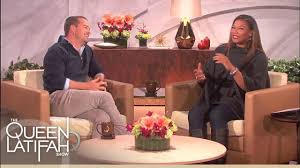 jennifer aniston surprises her old boss on u0027the queen latifah show