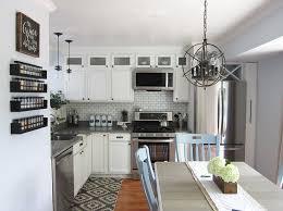 Ways To Update Kitchen Cabinets Best 25 Builder Grade Kitchen Ideas On Pinterest Builder Grade