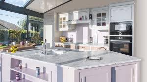 cuisine merisier cuisine en merisier meubles lebreton