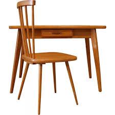 chaise enfant bureau bureau et chaise enfant en bois 1950 design market