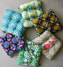 Covering A Seat Cushion Mmmcrafts Six Cushions Only Took Ten Years Now You Make Some