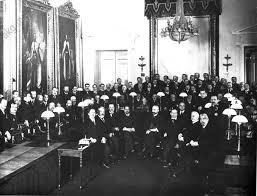 chambre du conseil akg images révolution russe meetings politiques membres du