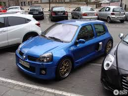 renault qatar renault clio v6 phase ii 22 april 2017 autogespot