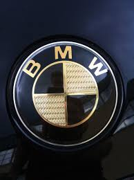 cf bmw emblem fades on