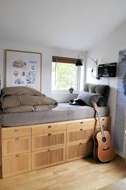 Best  Space Saving Bedroom Ideas On Pinterest Space Saving - Ideas for space saving in small bedroom