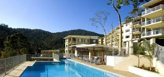 7 best places to stay in queensland
