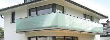 glas f r balkon balkongelaender alu glas 02 jpg 1 170 430 pixel balkon