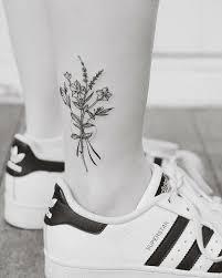 the 25 best daffodil tattoo ideas on pinterest narcissus tattoo