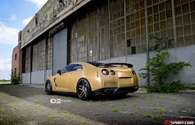 Nissan Gtr Gold - gold wrapped nissan gt r with 21 inch d2forged wheels gtspirit