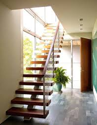 Front Staircase Design Wooden Staircase Railing Pictures Wood Front Steps Designs Wood