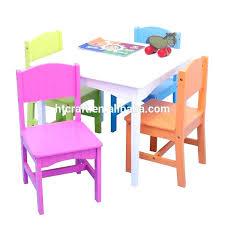 siège table bébé chaise et table bebe minnie ensemble table et 2 chaises bois