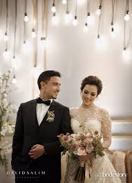 wedding dress raisa raisa andriana s 12 dos don ts of planning a wedding