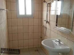 chambre à louer à appartement meublé f3 2 chambres à louer à yaoundé emombo 30 000fcfa