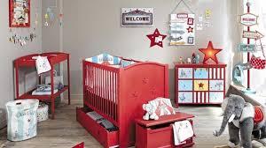 univers chambre bébé craquez pour une déco cirque pour la chambre de votre bébé le