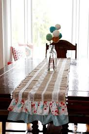 easy burlap and lace table runner the ribbon retreat blog