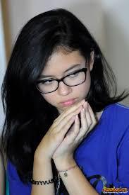 "Yuki Kato belajar logat Betawi demi sinetron barunya. ""Tantangannya pelajari bahasa Betawi, dialeknya sama gerak-gerik nyablaknya sebagai anak Betawi. - yuki-kato-136"