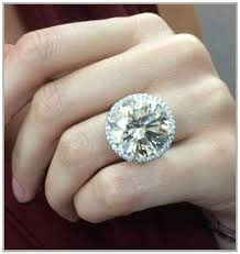 large diamond rings big diamond engagement rings that excite