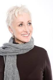 short haircuts for women over 60 with thick hair the best