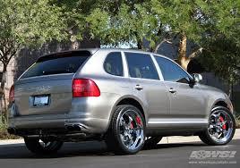 porsche cayenne tire size 2007 porsche cayenne with 22 gfg forged trento 5 in chrome wheels