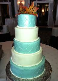 blue and white wedding cake sugar and salt the best bakery in