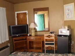 S And W Cabinets Classic Inn Motel Alamogordo Nm Booking Com