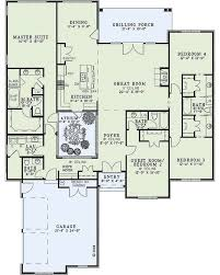 european style house plan 4 beds 2 5 baths 2617 sq ft house plans mother in law suites images on palais dumon house plan