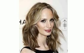 hairstyles for layered medium length hair layered hairstyles for medium length hair with fringe youtube