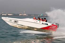 powerboat experience gifts u0026 presents virgin experience days