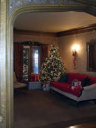 decorating historic homes historic homes decorated for christmas decorating tree