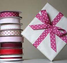 gift wrap ribbon starting a gift wrapping service means