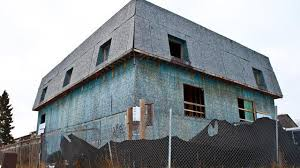 monster house com breaking brton s big blue monster house set to be demolished