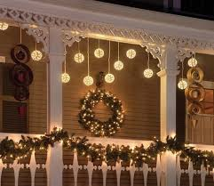 decorating front porch with christmas lights 26 super cool outdoor décor ideas with christmas lights digsdigs