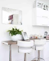 small kitchen breakfast bar ideas pequeño y cómodo desayunador la tabla se tira hacia afuera y se